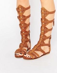 Светло-коричневые высокие гладиаторские сандалии из замши KG By Kurt Geiger Maddie - Рыжий