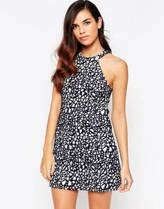 Кружевное цельнокройное платье Amy Childs Claudia - Черный