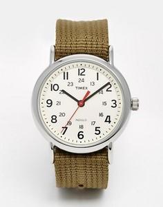 Часы с нейлоновым ремешком Timex Originals Weekender - Зеленый