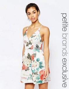 Платье для выпускного из парчи с цветочным принтом True Decadence Petite - Мульти