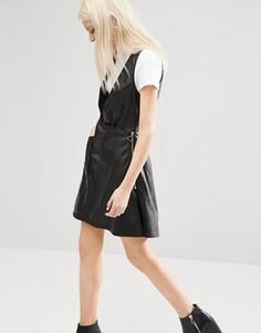 Платье из искусственной кожи с глубоким v-образным вырезом Cheap Monday - Черный