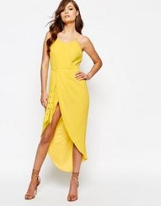 Платье миди с запахом спереди и поясом TFNC - Желтый