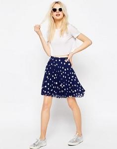 Мини-юбка в горошек со складками ASOS - Темно-синий