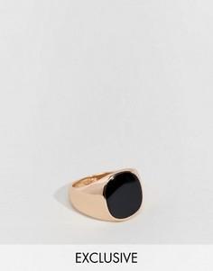 Кольцо-печатка с черной вставкой Reclaimed Vintage - Золотой