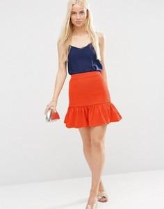 Фактурная мини-юбка с баской по краю ASOS - Оранжевый