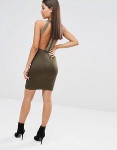 Облегающее платье миди с высокой горловиной и золотистой отделкой TFNC - Зеленый