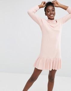 Платье в рубчик с высокой горловиной и кромкой‑оборкой I Love Friday - Розовый