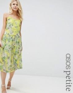 Платье с цветочным принтом и кружевной вставкой ASOS PETITE Premium - Желтый