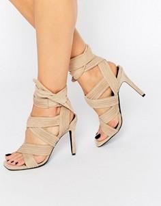 Замшевые сандалии на каблуке песочного цвета Senso Samantha - Бежевый
