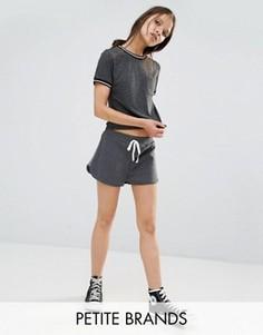 Беговые шорты с полосками по бокам Boohoo Petite - Серый