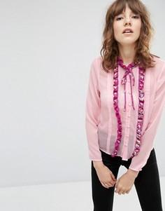 Блузка с рюшами спереди и отделкой ASOS - Розовый