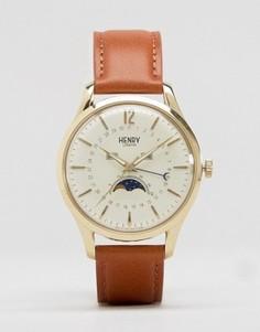 Часы с коричневым кожаным ремешком, окошками даты и фаз Луны Henry London Westminster - Коричневый