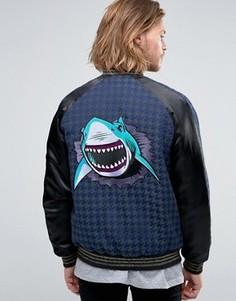 Куртка в ломаную клетку с вышивкой акулы ASOS Souvenir - Черный