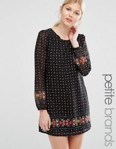 Цельнокройное платье с цветочным принтом Yumi Petite - Черный