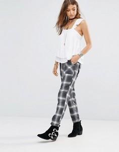Клетчатые брюки в стиле милитари Free People - Черный