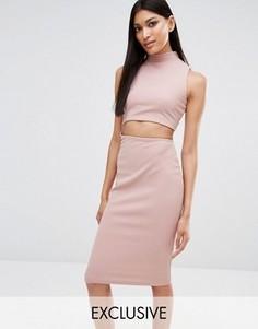Облегающее платье миди с высоким воротом эксклюзивно для Missguided - Розовый