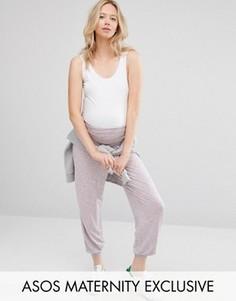 Сиреневые гаремные брюки для беременных с принтом ASOS Maternity LOUNGE - Розовый