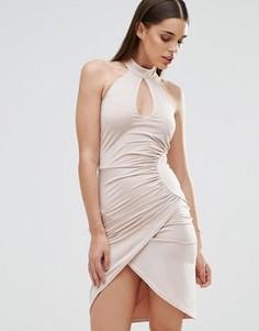 Платье-футляр с вырезом капелькой и перекрестной отделкой Sistaglam - Белый