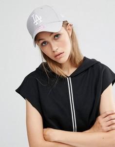 Серая сетчатая кепка New Era LA 9Forty - Серый