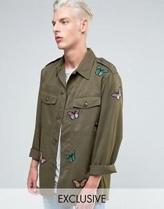Рубашка навыпуск в стиле милитари с нашивками-бабочками Reclaimed Vintage - Зеленый