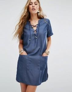 Джинсовое платье со шнуровкой Lovers + Friends - Синий