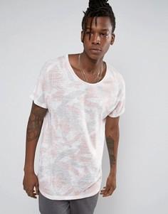 Удлиненная футболка с пастельным художественным принтом ASOS - Розовый