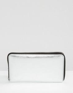 Кожаный кошелек цвета металлик на молнии ASOS - Серебряный