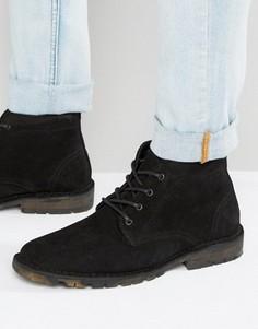 Черные замшевые ботинки чукка на камуфляжной подошве ASOS - Черный