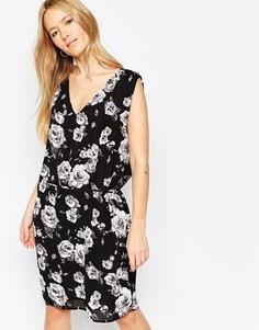 Платье с цветочным принтом Minimum Nera - Черный