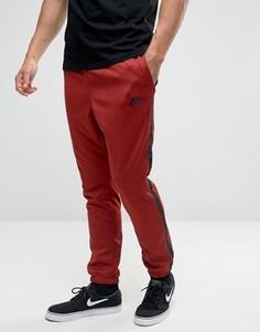 Красные джоггеры Nike Tribute 678637-674 - Красный