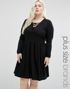 Короткое приталенное платье из трикотажа со шнуровкой спереди Brave Soul Plus - Черный