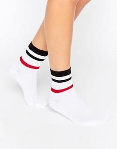 Полосатые носки в рубчик ASOS - Белый