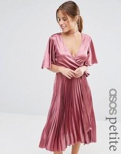 Атласное плиссированное платье миди ASOS PETITE - Коричневый