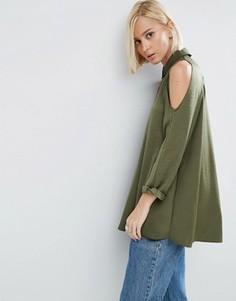 Атласная блузка с вырезами на плечах ASOS - Зеленый