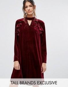 Бархатное цельнокройное платье с длинными рукавами и рюшами True Decadence Tall - Красный