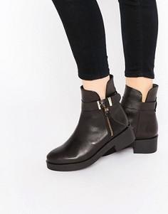 Ботинки с пряжкой на плоской подошве Miista - Черный