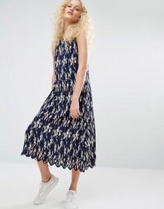 Плиссированное платье на бретельках с цветочным принтом I Love Friday - Темно-синий