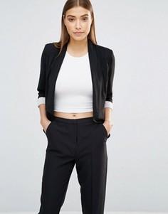 Укороченный пиджак с каскадной драпировкой AX Paris - Черный