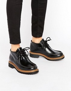 Туфли в школьном стиле 90-х на толстой плоской подошве Monki - Черный
