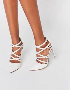 Босоножки на каблуке с ремешками и острым носком ASOS POTION - Кремовый