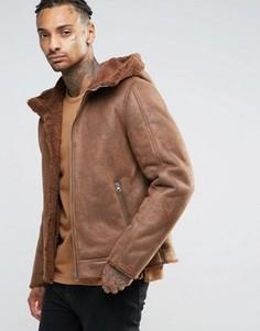 Светло-коричневая куртка из искусственной цигейки с капюшоном ASOS - Рыжий