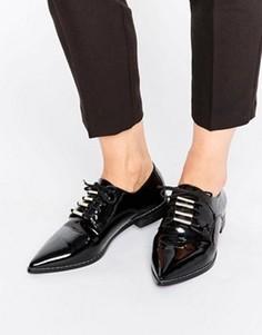 Туфли на плоской подошве со шнуровкой и острым носком ASOS MEDIA - Черный