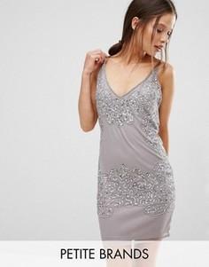 Облегающее платье с отделкой бисером Boohoo Petite Boutique - Серебряный