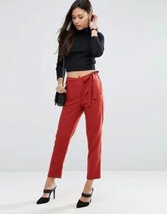 Тканые брюки галифе с запахом и завязкой ASOS - Розовый