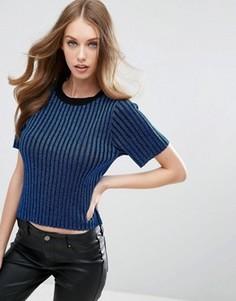 Вязаная футболка с оттенком металлик ASOS - Синий