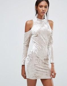 Облегающее бархатное платье с вырезами на плечах Madam Rage - Бежевый