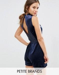 Бархатный ромпер с кружевной вставкой Vero Moda Petite - Темно-синий