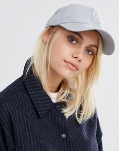 Серая кепка с вышивкой LA New Era 9 Forty - Серый