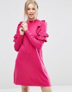 Платье-джемпер с рюшами на плечах ASOS - Розовый