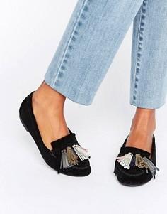 Замшевые туфли на плоской подошве с кисточками ASOS MYLA - Черный
